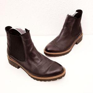 Andrea Conti 38/7.5 Black Leather Chelsea Boots